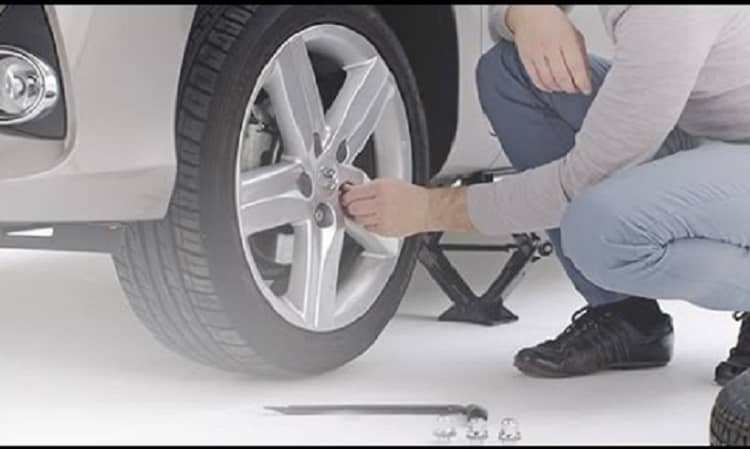 How Long Does a Tire Change Take