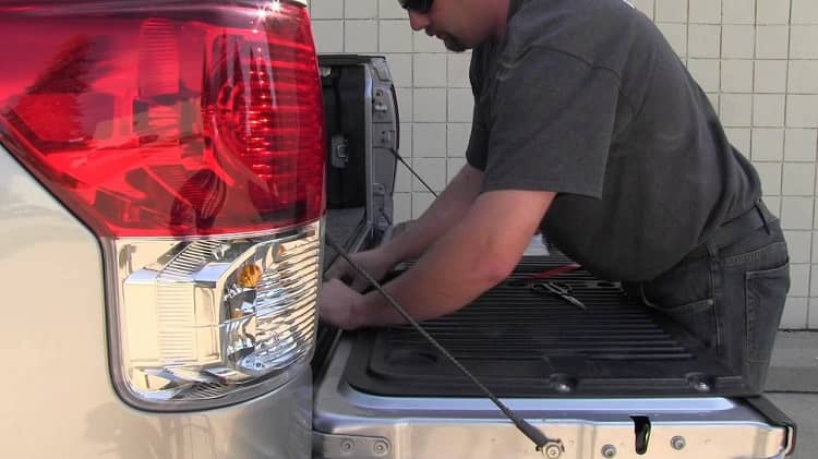 How to Install Tailgate Seal